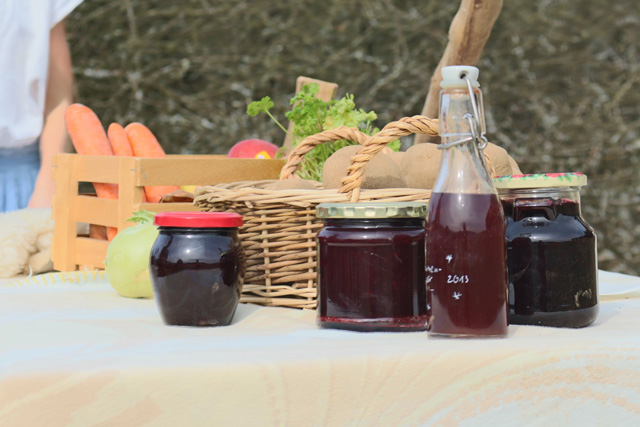 Jervis Bay Local Markets, fresh produce, handmade arts, ideal gifts and so much more